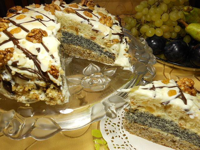 Торт сказка с маком орехами и изюмом рецепт с фото